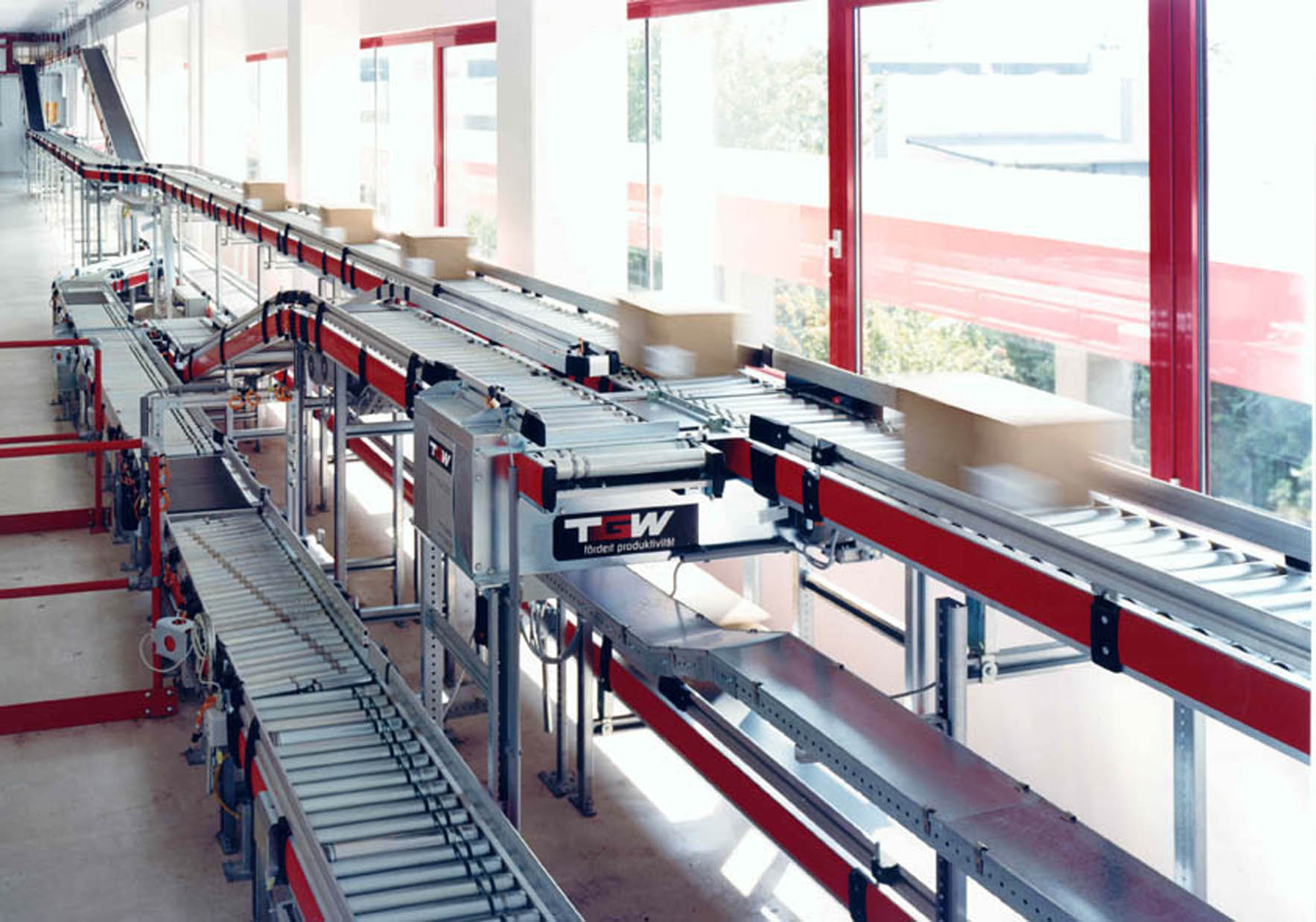 Carton_Conveyor